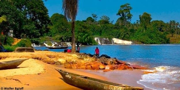 Littérature jeunesse et voyage : Afrique
