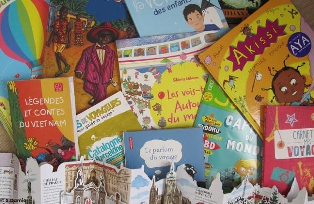 Littérature jeunesse et voyage : un livre dans ma valise